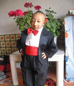 el hombre más pequeño del mundo